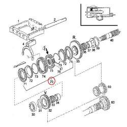 Kolanko wąż Przewód chłodnicy górny Case 580K 580SK D127774