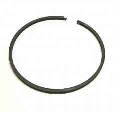 R33167 Pierścień kosza przyśpieszacza John Deere 2130 2240 2140 1840 3040 6220 6630 6930