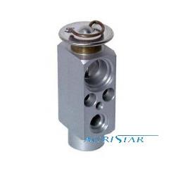 KLI1401 Zawór rozprężny klimatyzacji case 82034858 MXM120 MXM130 JX80 JX85 JX90 JX95 new holland TM120 TM175 TM190 TD70 TD70D, T